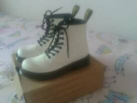Girls size 1 limited edition dr martens