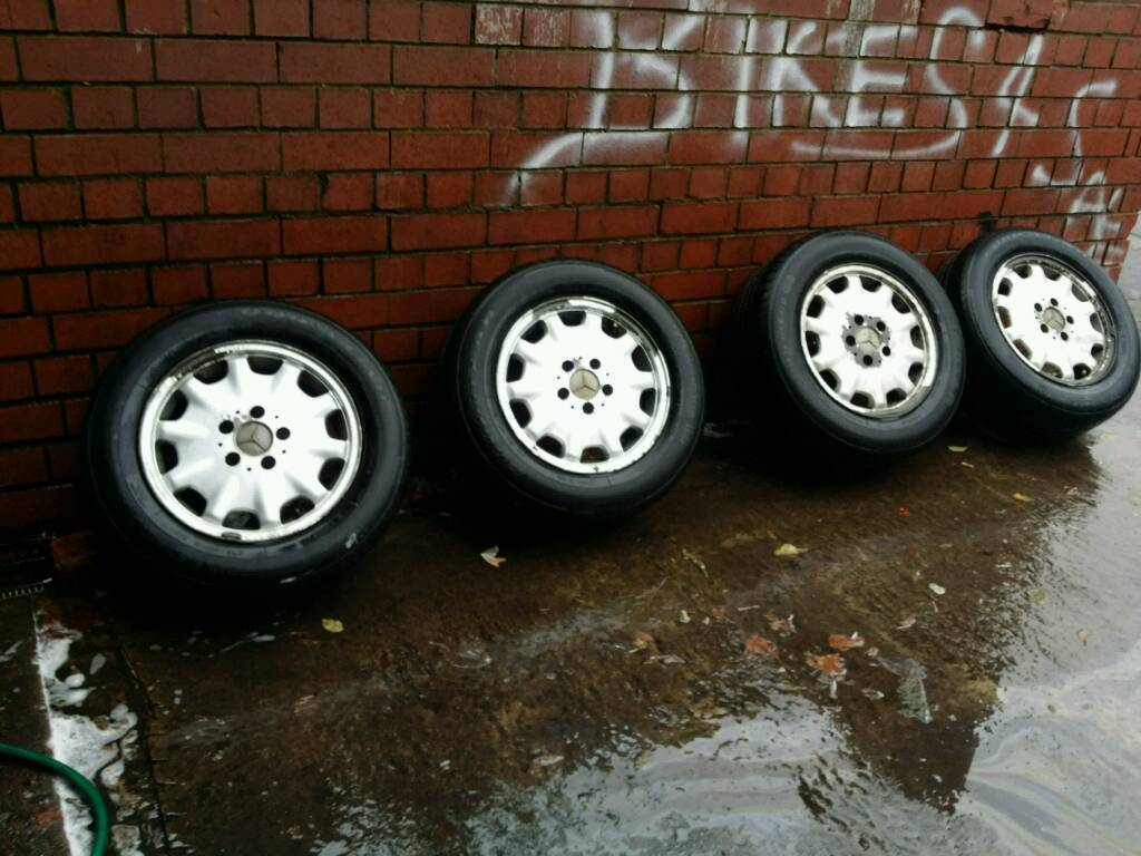 Mercedes benz w210 w202 190e 10 hole 15 genuine alloys for Mercedes benz tyres