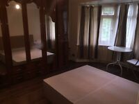 A double room located in Greenford in a professional sharers home.