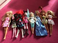 Collection of 8 dolls
