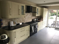 Fitted shaker kitchen, Granite worktops, Intergrated fridge freezer, Range gas cooker