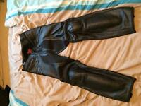 Dainese men's leather trousers size 46 worn once