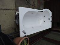 P shape wirlpool bath and shower screen