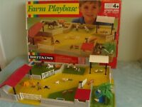 Vintage Britains Farm Playbase Boxed with Buildings & Animals in good condition
