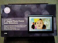 AS NEW - Motorala LS 700 Digital Photo Frame