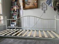 Pretty Day Bed frame with mattress