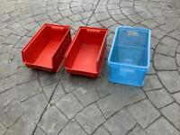 3 plastic boxes