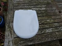 Toilet Seat top fitting. White D Shaped soft closing