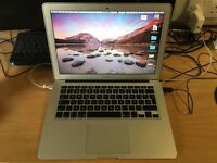 MacBook Air 13-inch, Mid 2012, Processor 2 GHz Intel Core i7, 8 GB 1600 MHz DDR3, Spanish Keyboard