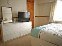 DOUBLE ROOM FOR 1 PERSON (LADIES) EDGWARE, MILL HILL, BURNT OAK. ALL BILL INCLUDED