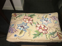 Delightful Vintage Tapestry Wooden Bedroom Dressing Piano Stool Seat