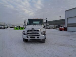 2018 Hino 338/271 Cab/Chassis only