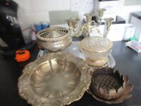 COLLECTION OF SILVER PLATED ITEMS ON TRAY