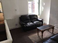 Superb 1 Bedroom Flat to Let in Longsight- BILLS INCLUDED