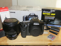 **CANON 7D WITH CANON 15-85mm LENS PLUS EXTRAS BOXED**