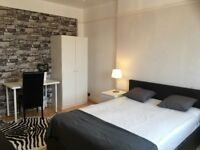 Big beautiful double rooms available NOW!