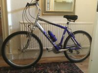 """Specialized Expedition 16"""" wheels, aluminium frame, excellent condition, hardly used"""
