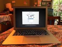 MacBook Air 13.3/ 1.6GHZ/4GB/128GB