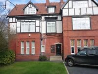 1 bedroomed mezzanie flat in old Manor house.