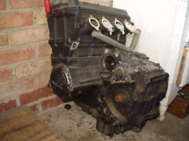 Kawasaki ZZR1100 Engine and gearbox.