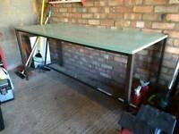 Garage workshop bench
