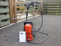 Black and Decker PW1300TD pressure washer....... (SPLIT HOSE )