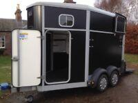 Ifor Williams 511 black horse trailer