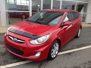 2013 Hyundai Accent GLS AUTO, POWER SUNROOF, $95 Bi Weekly OAC