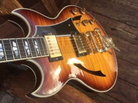 Gibson Johnny A, signature model, flame-top…