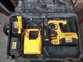 Dwolt 36 volt sds hamer dril