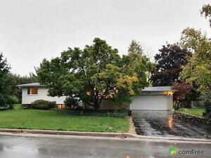 $790,000 - Raised Bungalow for sale in Oakville