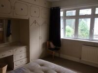 Large double room | BH1 | Eastcliff | £450pcm bills included