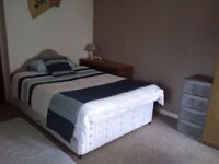 **TIRED OF LOOKING FOR A ROOM? CALL ME NOW! SELECT YOUR ROOM AND ENJOY IT!