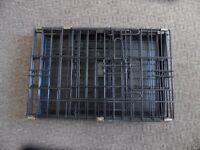 Metal pet carrier crate cage black with plastic tray base
