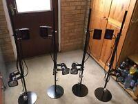 4 light stands