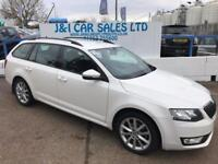 SKODA OCTAVIA 1.6 ELEGANCE TDI CR DSG 5d AUTO 104 BHP A GREAT EXAMPLE INSIDE AND OUT (white) 2014