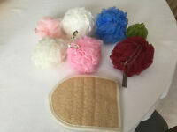 Job Lot of 7 Sponges and 1 Bath Mitt - All NEW- Only £1.00!