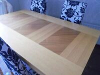 SOLID OAK DINING TABLE & 4 NEW CHAIRS