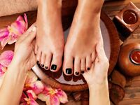 Mobile beauty therapy therapist beautician wax facial manicure pedicure shellac nails keratin salon