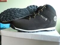 Henleys Boots