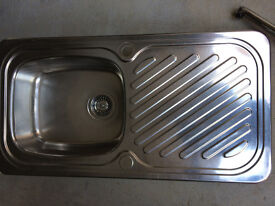 Stainless Steel Single Bowl Sink With Mixer Tap