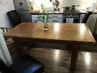 Solid Oak extendable dining table with 3 chairs! FREE DELIVERY!