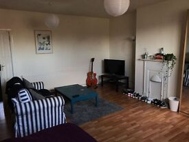Large double room to let in Chorlton