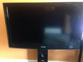Samsung 42 inch TV and glass stand