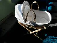 Clair de lune white waffle moses basket and stand