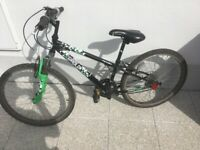 Apollo Gridlok Boy's Mountain Bike (Used / in great condition)