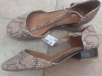 Size 4 1/2 BRAND NEW SHOES