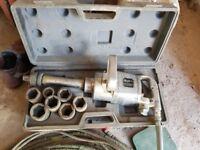 Heavy duty air tool