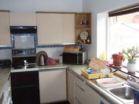 FROM 2 JUNE - One room, large first floor flat central to Westbourne / Bournemouth - NO AGENCY FEES