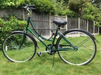 "New Vintage Heritage Womens/Girls Ammaco Bike. Dutch Style, Racing Green. 17"" Frame."